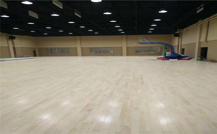 体育馆木地板日常使用