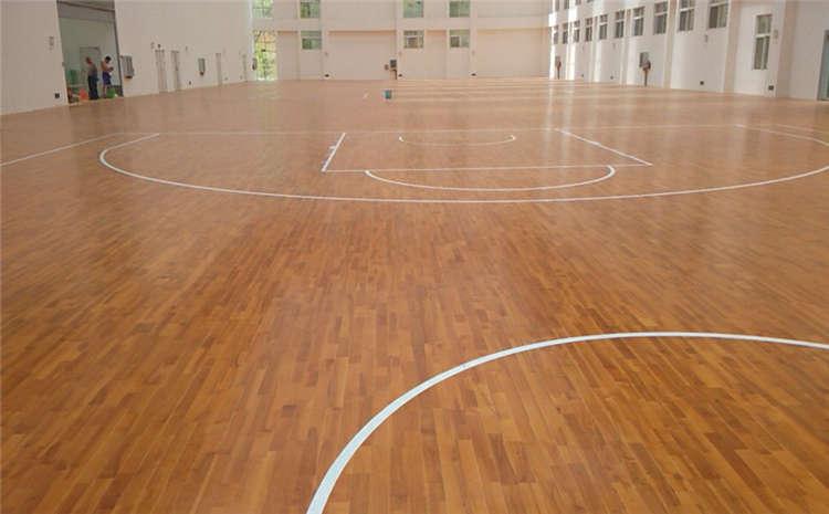 体育场运动木地板漆面褪色因素