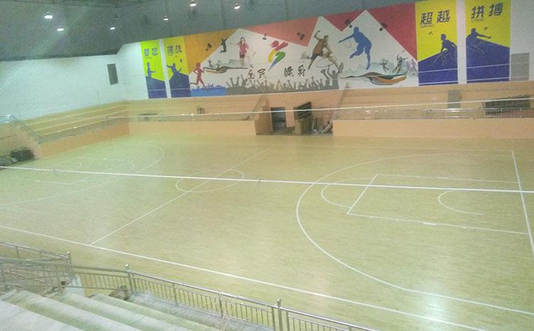 企口体育木地板代理商