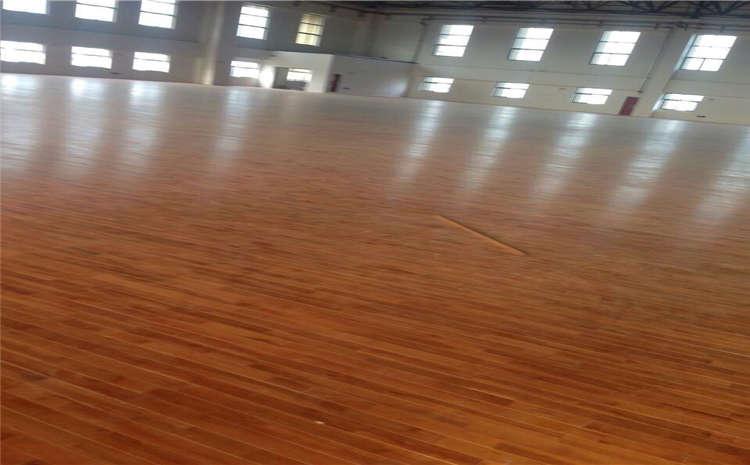 实木运动地板色差如何控制