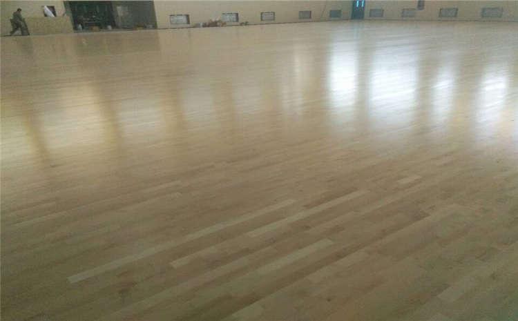 体育场运动木地板价位